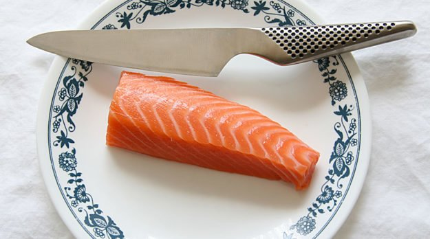 Oregon To Ban GM Salmon And Mandate GMO Labeling