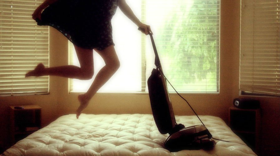 I see these seductive headlines about how housework is awesome exercise. Can your everyday tasks make you strong and sexy?