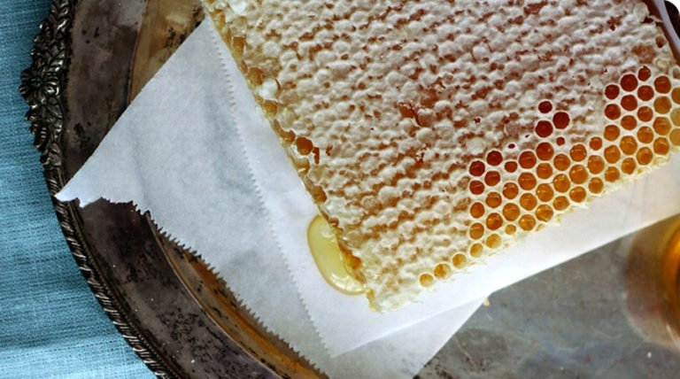 7 All-Natural Amazing Benefits Of Raw Honey
